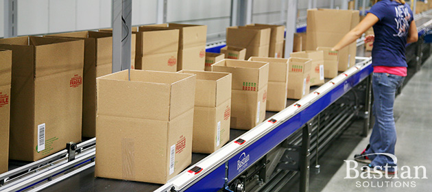 Dynamic batch picking in e-commerce fulfillment center